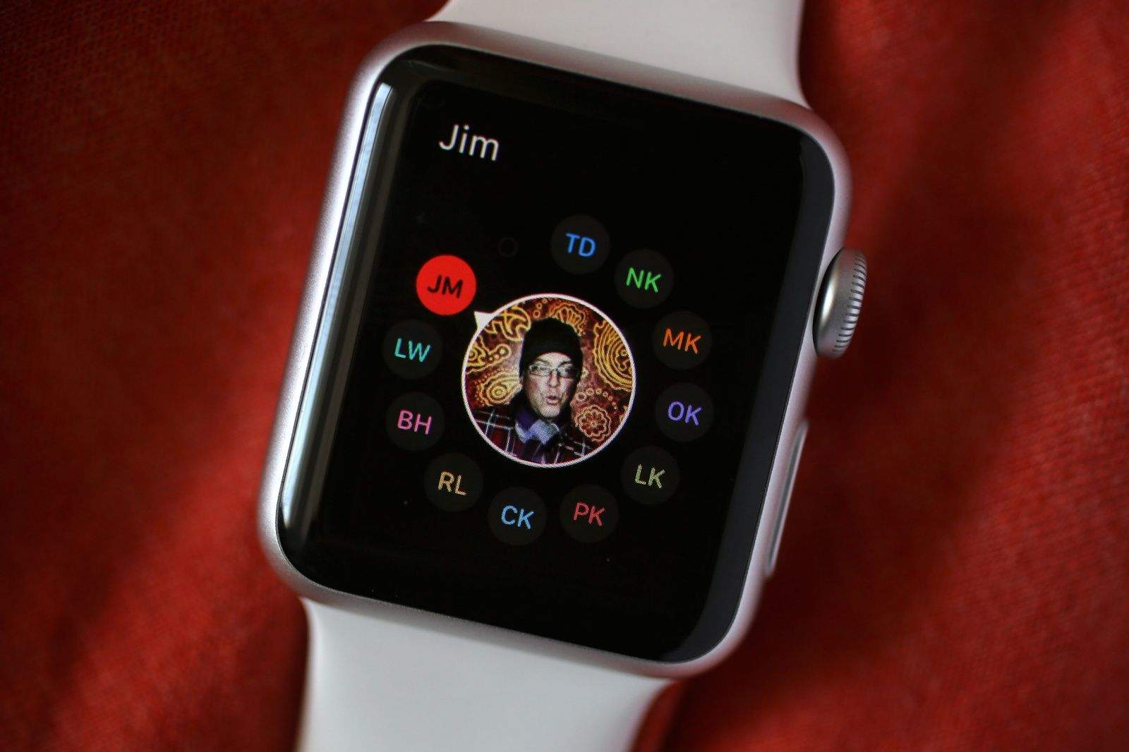 How to set up your Apple Watch Friends screen