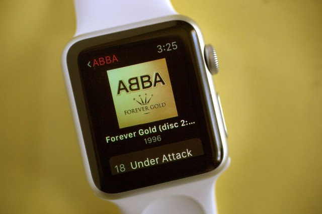 Apple Watch has you covered for music. Photo: Jim Merithew/Cult of Mac