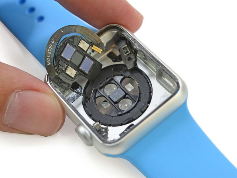 These sensors don't just measure heart rate. Photo: iFixit