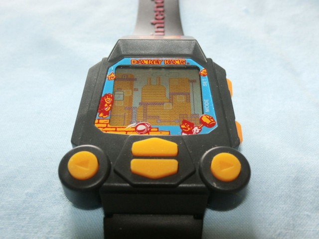 Nintendo Donkey Kong watch, 1994. Photo: sandysplace25/eBay