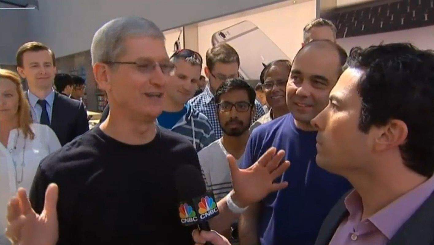 Tim Cook says Apple Watch orders are 'extraordinary'. Photo: CNBC