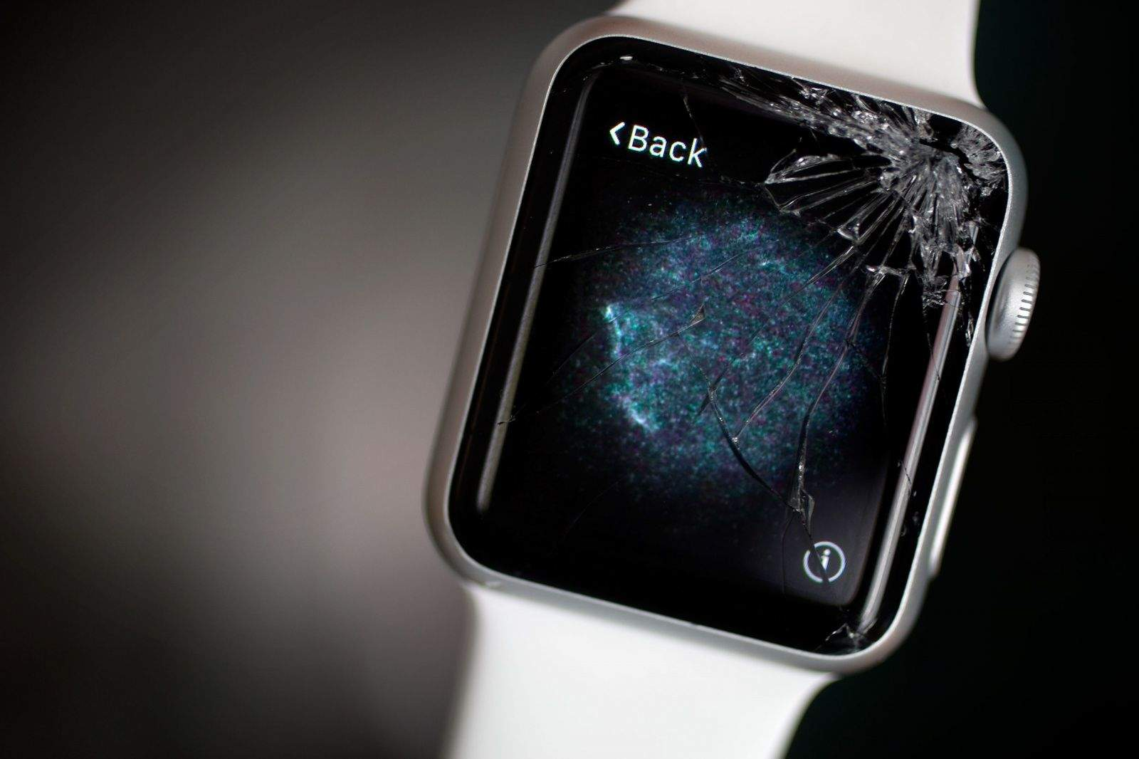 Cracked-Apple-Watch