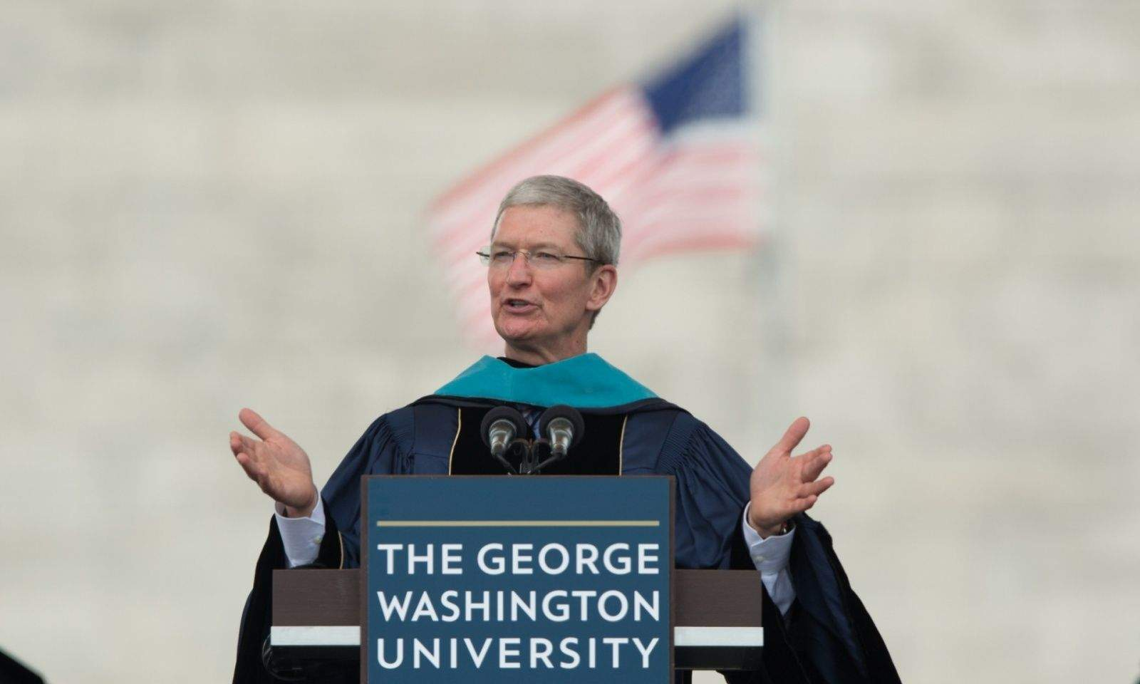 Tim Cook commencement