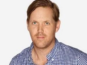 Alan Dye's LinkedIn profile pic.
