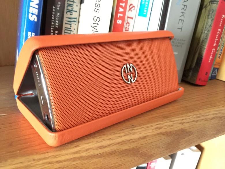 INNOFlask Bluetooth speaker by InnoDevice