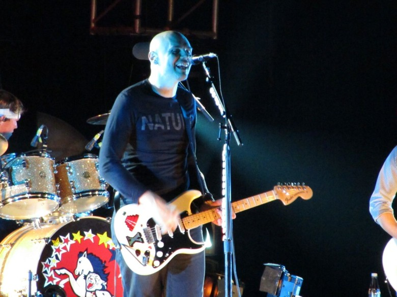 The Smashing Pumpkins  frontman thinks Apple Music is a big Zero for artists.