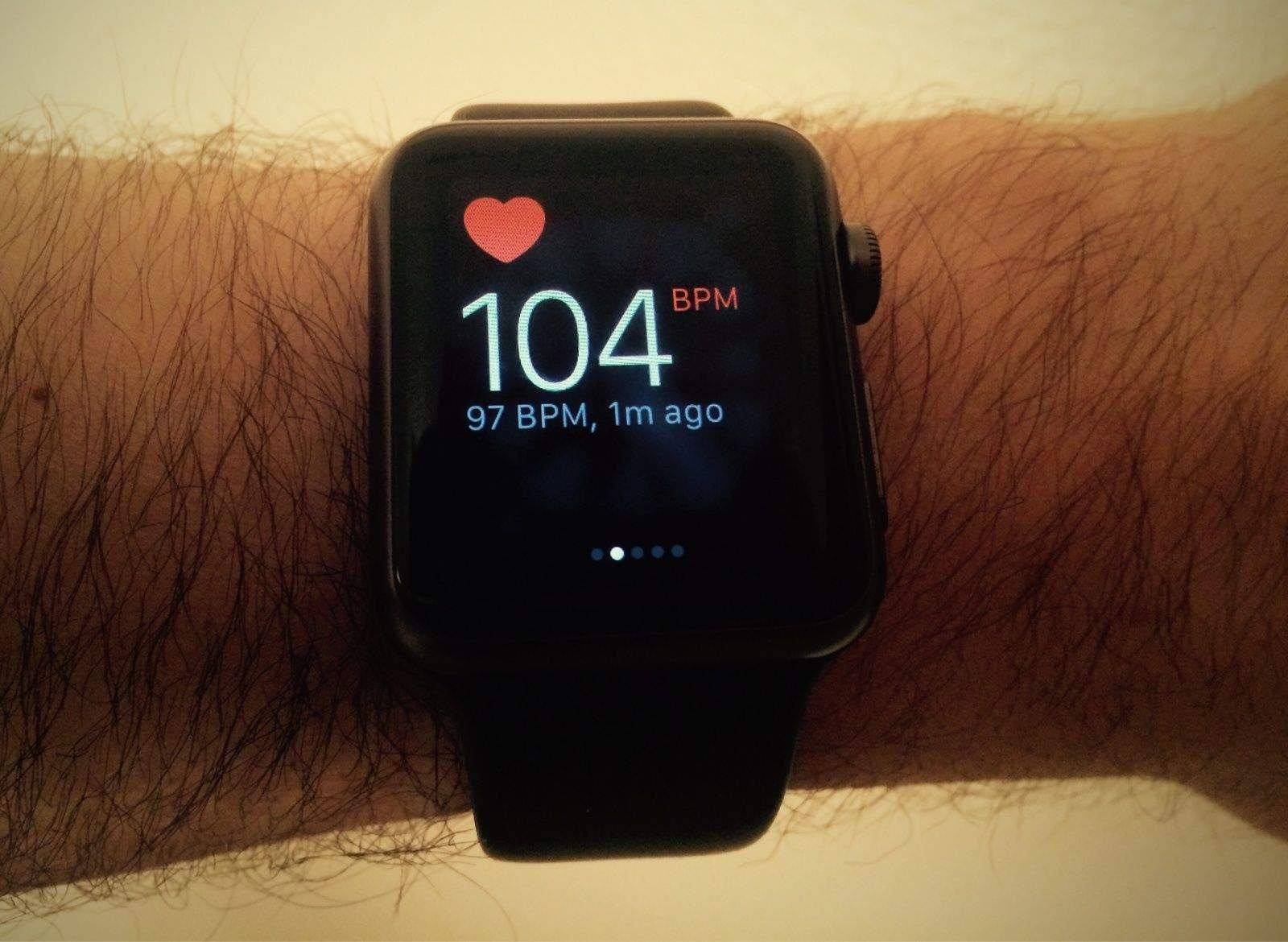 Apple Watch alerts user of irregular heart rhythms in sleep