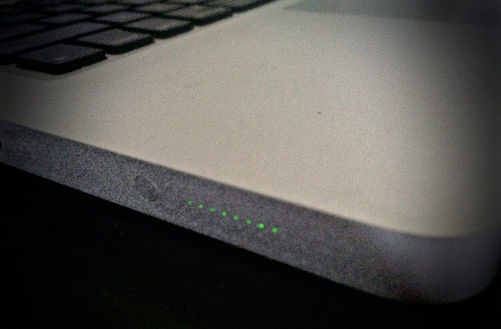 Macbook Pro battery indicator