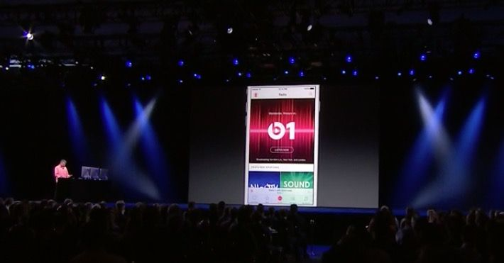 Eddy Cue demos Apple Music at WWDC 2015.