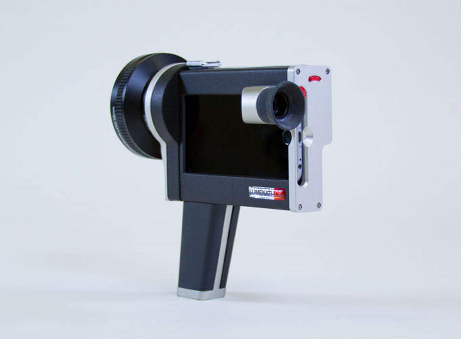 The Luminati CS1 is a case for the iPhone 6 that brings the design practicality of a Super 8 movie camera to your filmmaking.