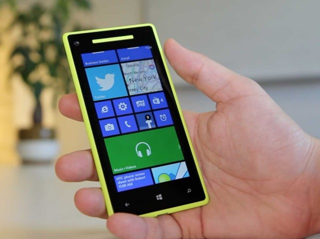 Microsoft Tells Windows Phone Users To Get An Iphone
