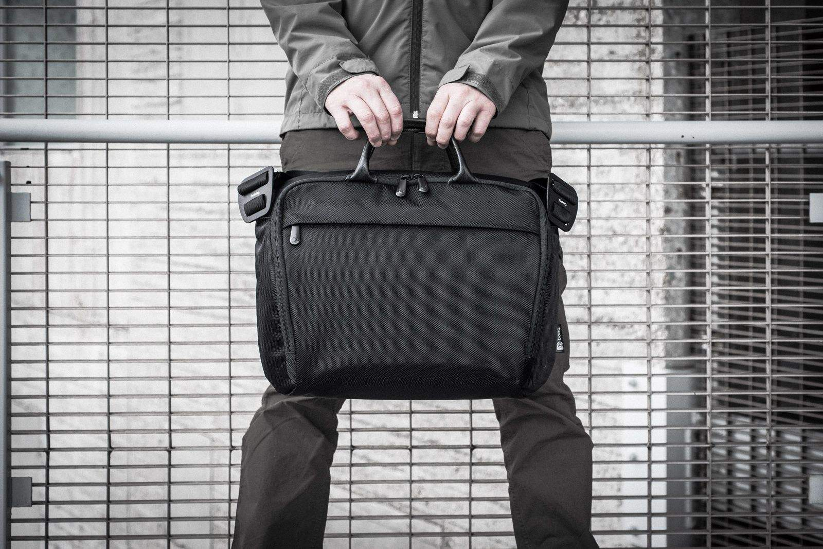 The new Boa saddle bag by Booq is designed to carry the 15-inch MacBook Pro.