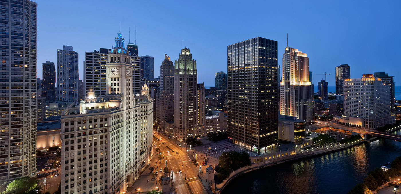 Apple's looking for a new home in Chicago.