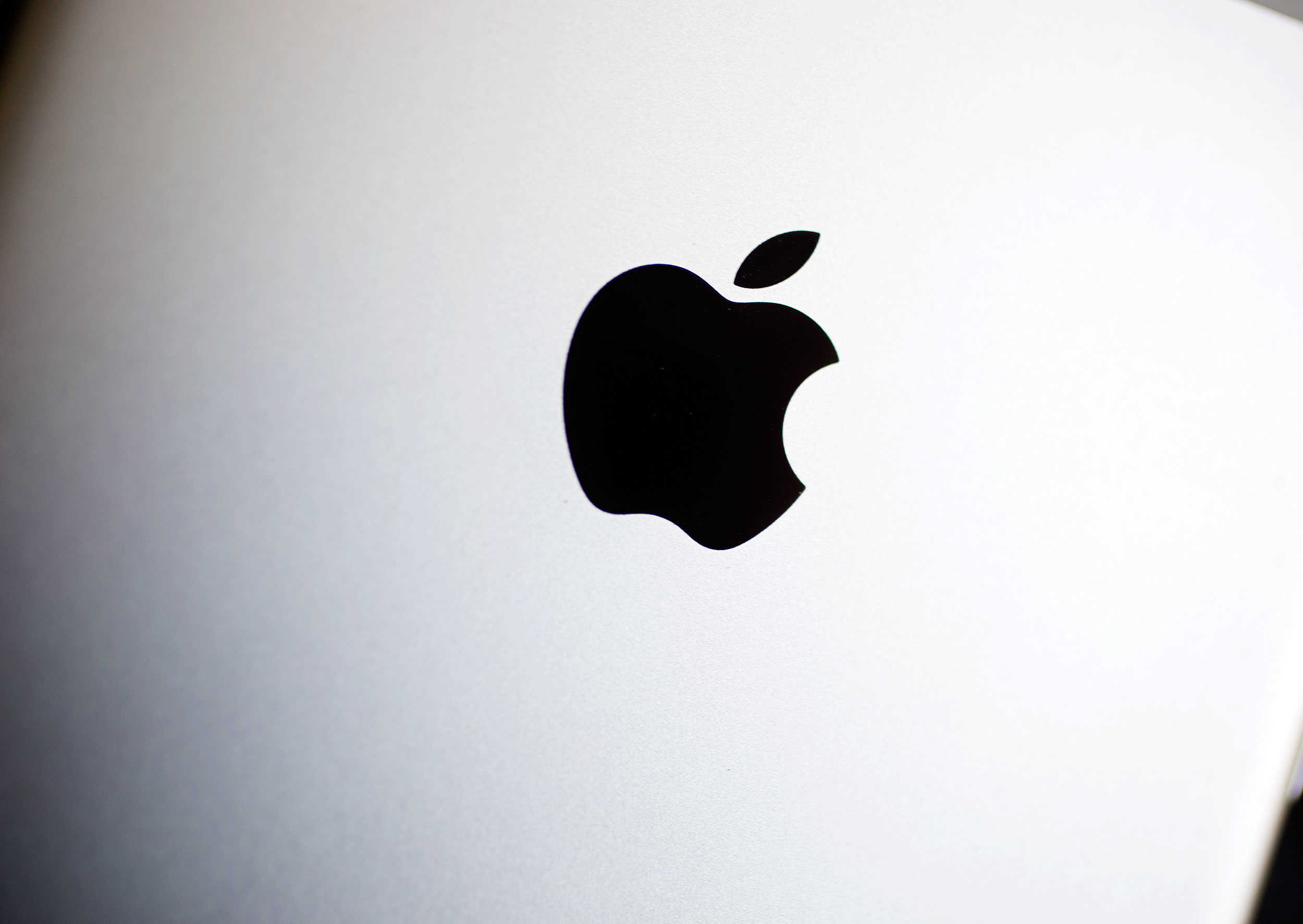 Should Apple cave when it comes to encryption?