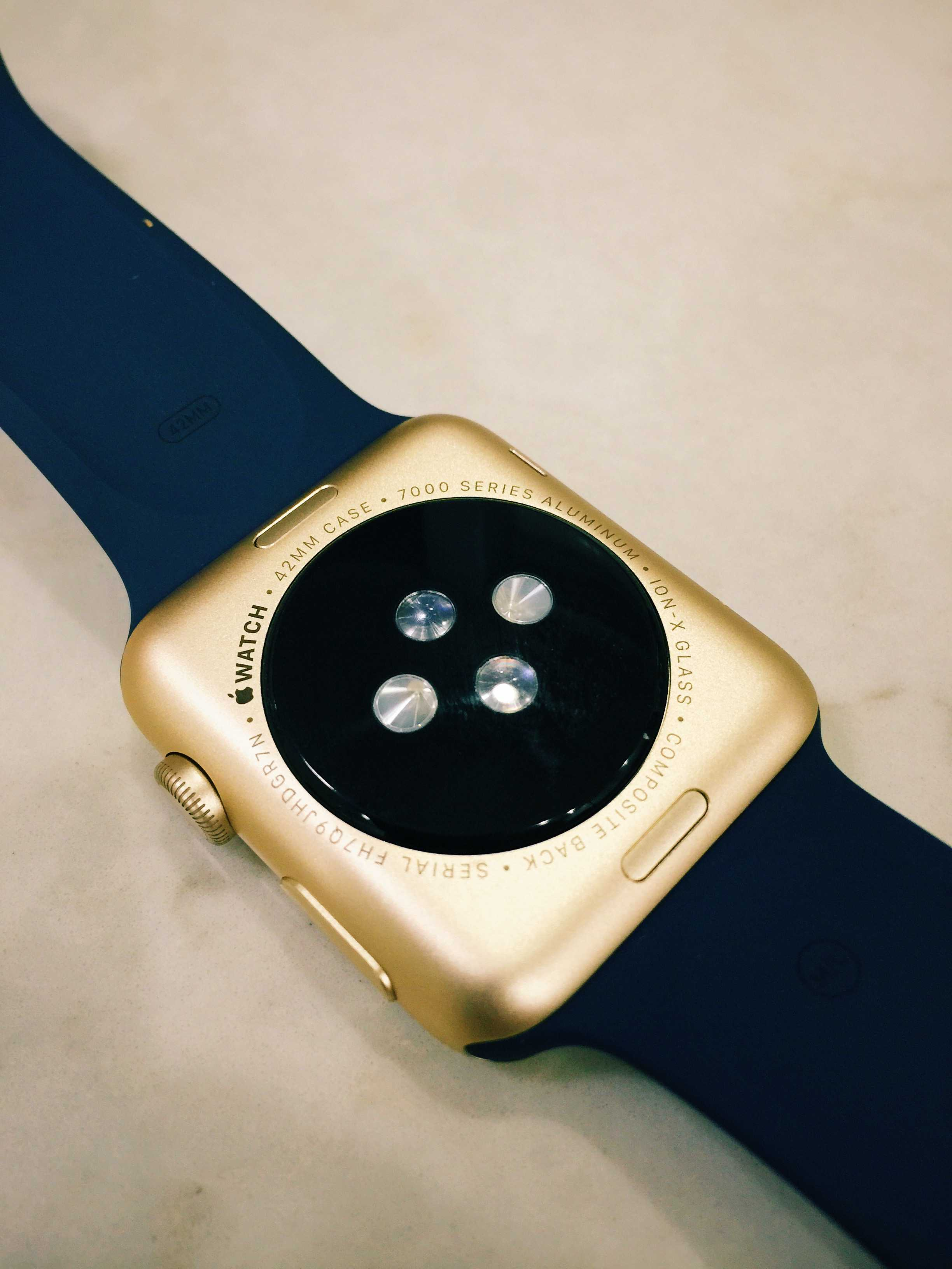 mac closer look watch el at of gold a the cult get watches cheapo real apple