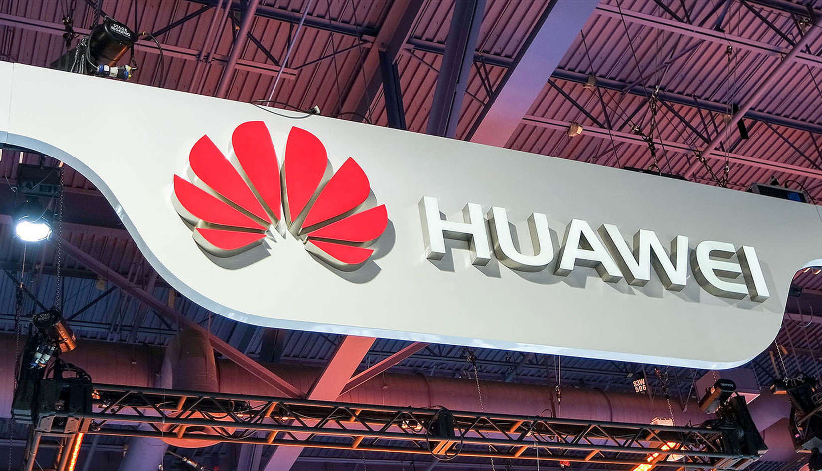 US slams Huawei with racketeering charges