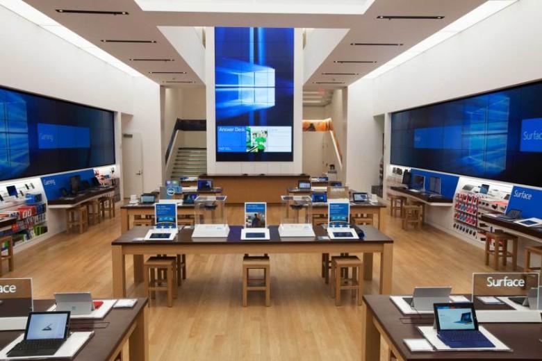 """Microsoft si bez hanby otvoril vlastný """"Apple Store"""""""