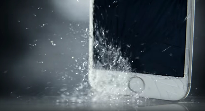 watch-iphones-die-slowly-in-droid-turbo-2-torture-porn-ad-image-cultofandroidcomwp-contentuploads201510Droid-Turbo-2-shatterproof-ad-jpg