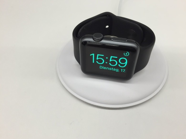 apple-watch-dock-nightstandmode