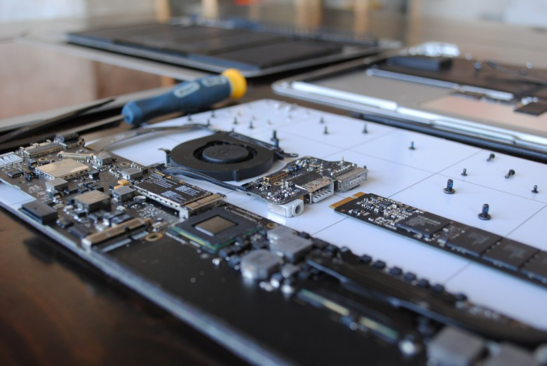 Even a broken MacBook is worth something -- if you take the right steps and find the right buyback program.