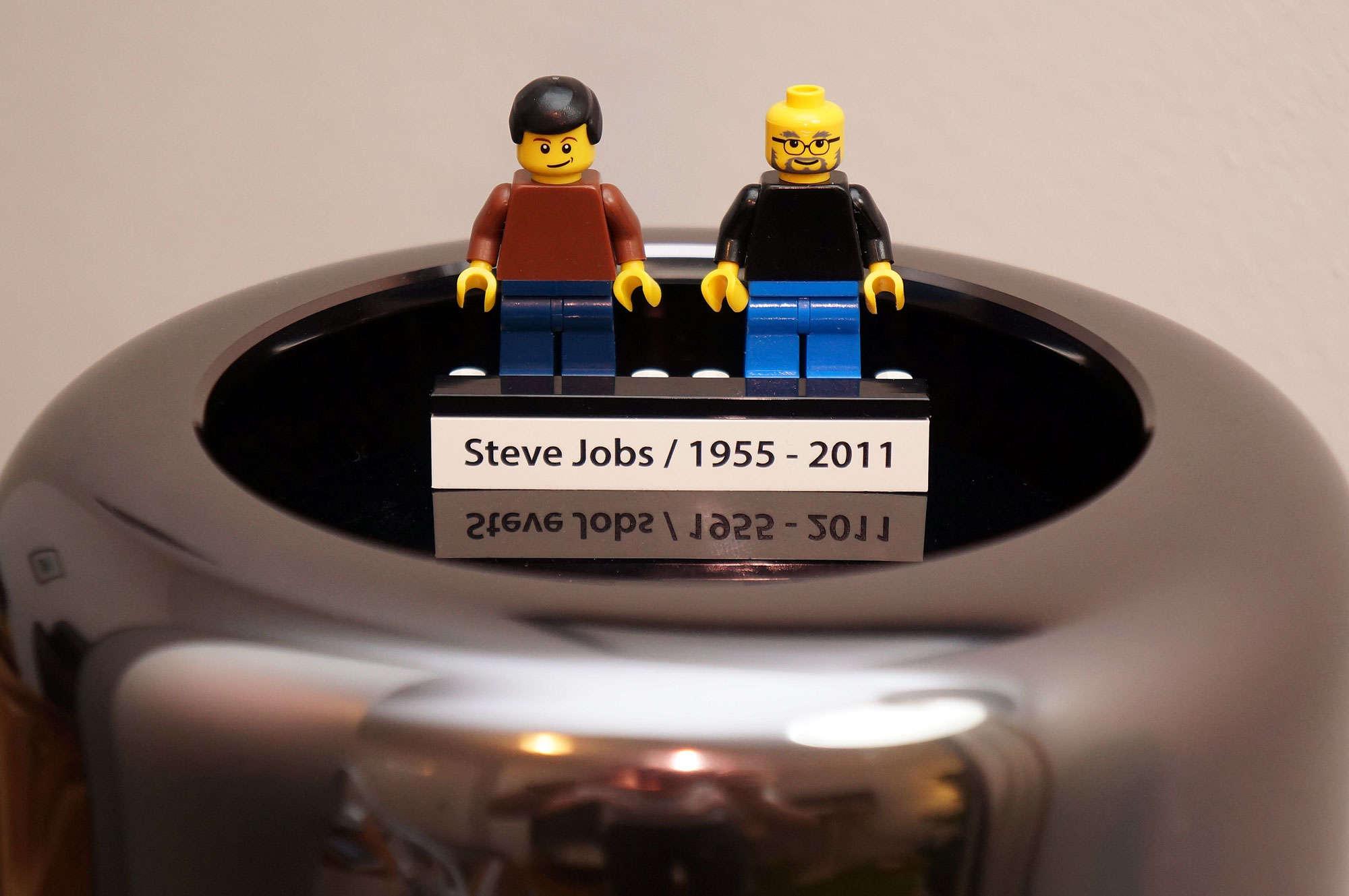 Steve Jobs custom Lego figures