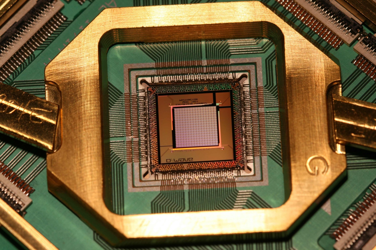 googles-mind-bending-quantum-computer-actually-works-image-cultofandroidcomwp-contentuploads201512D-Wave-1000Q-lower-res1-jpg