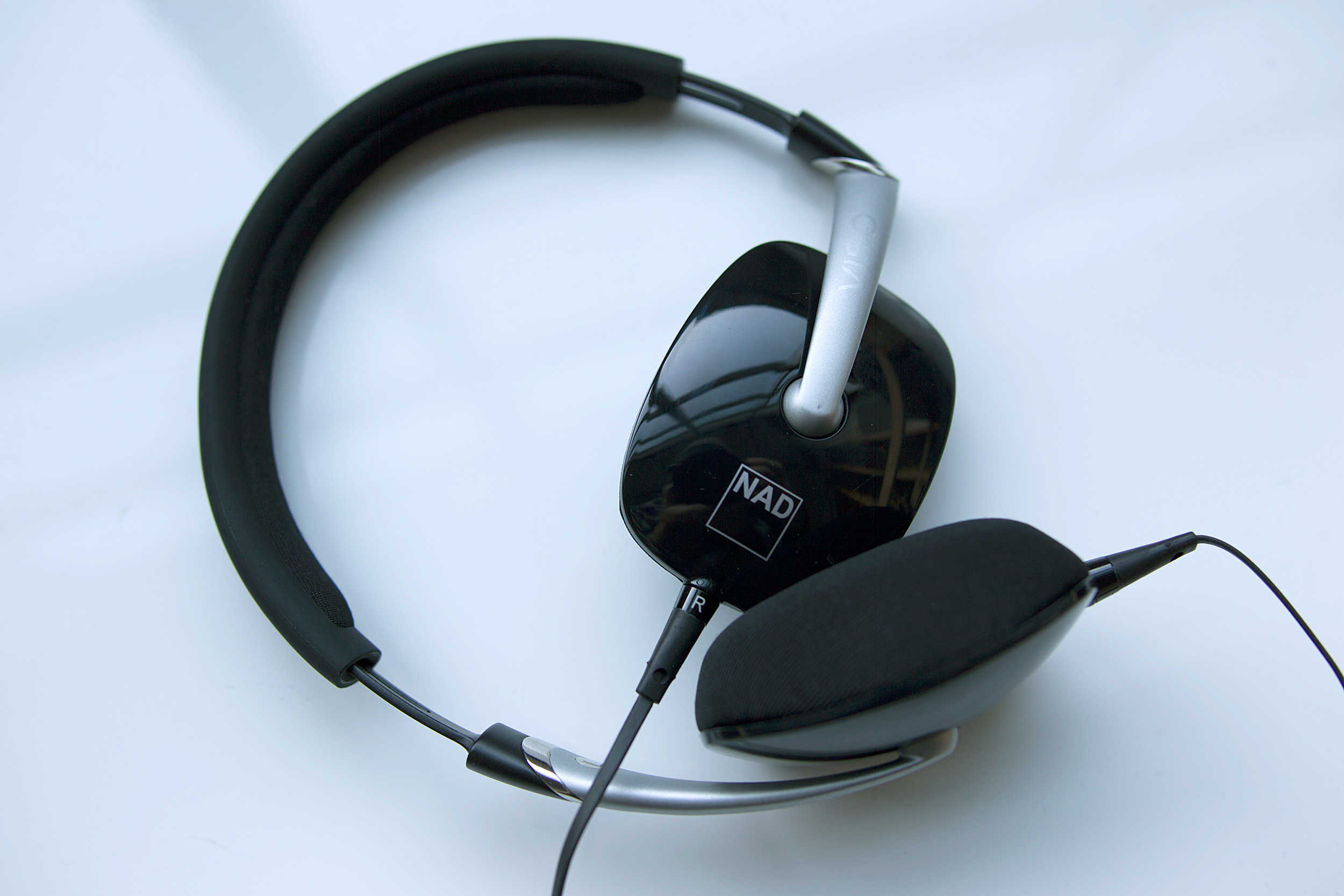NAD VISO HP30 on-ear headphones offer RoomFeel technology.