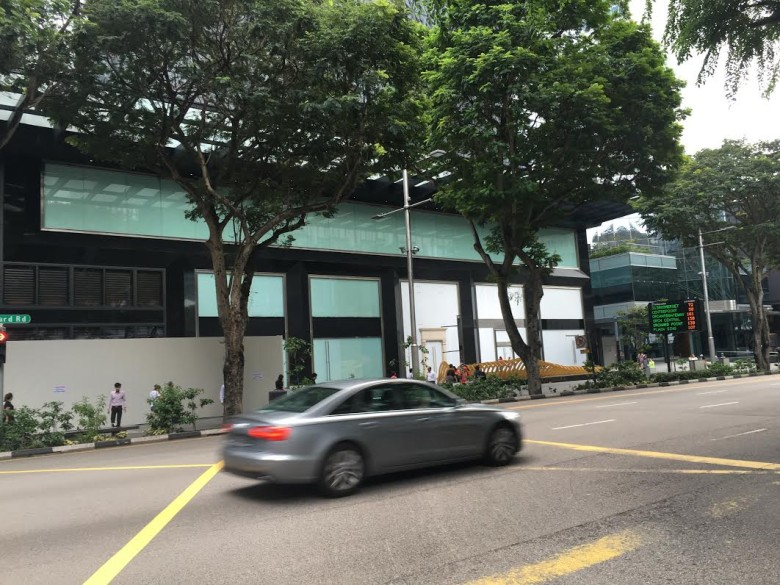Apple-Singapore-store-3