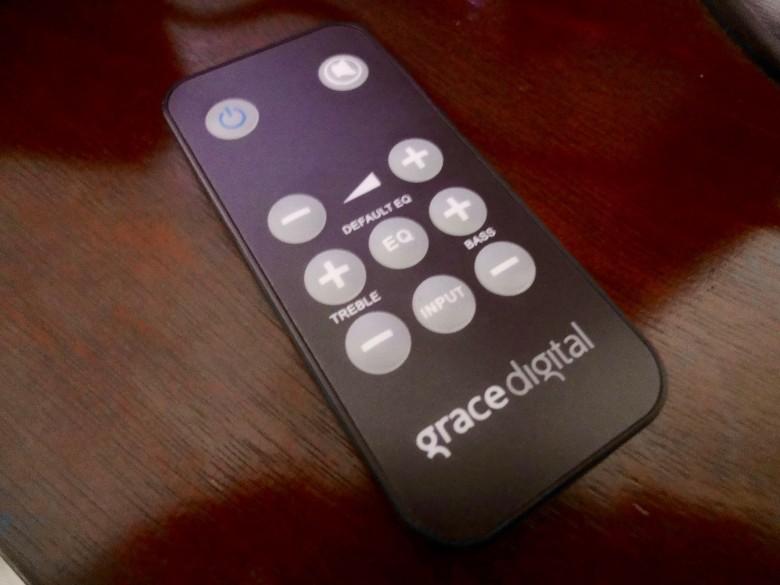 grace-digital-voice-enhanced-tv-speaker - 4
