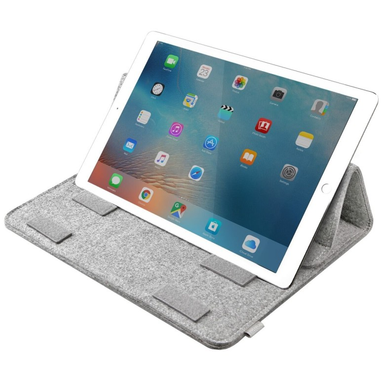 """An easy to carry case for your iPad Pro, or your 13"""" MacBook."""