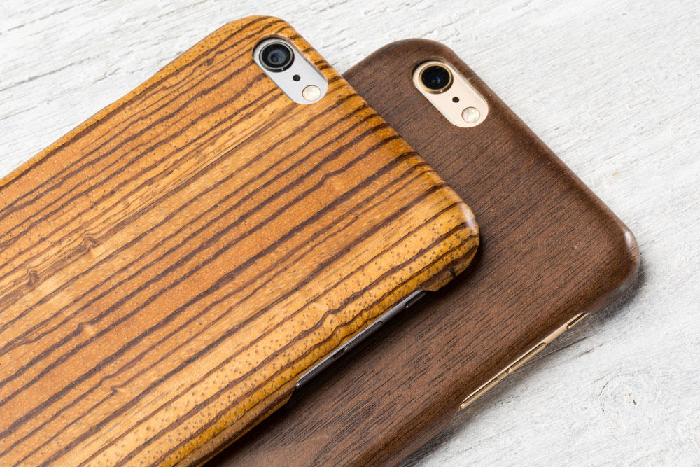 The wood on this case has an almost wax-line finish for scratch-resistance.