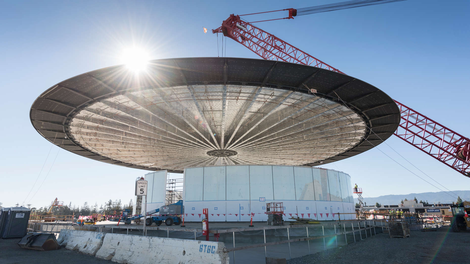 The roof to Apple's theater looks like a UFO.