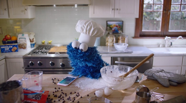 Cookie Monster iPhone 6s ad
