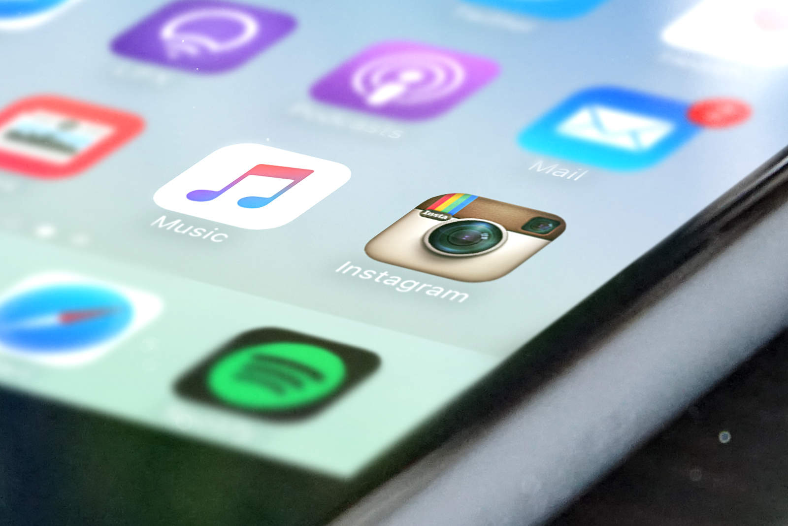 Phew! New Instagram update restores log out button