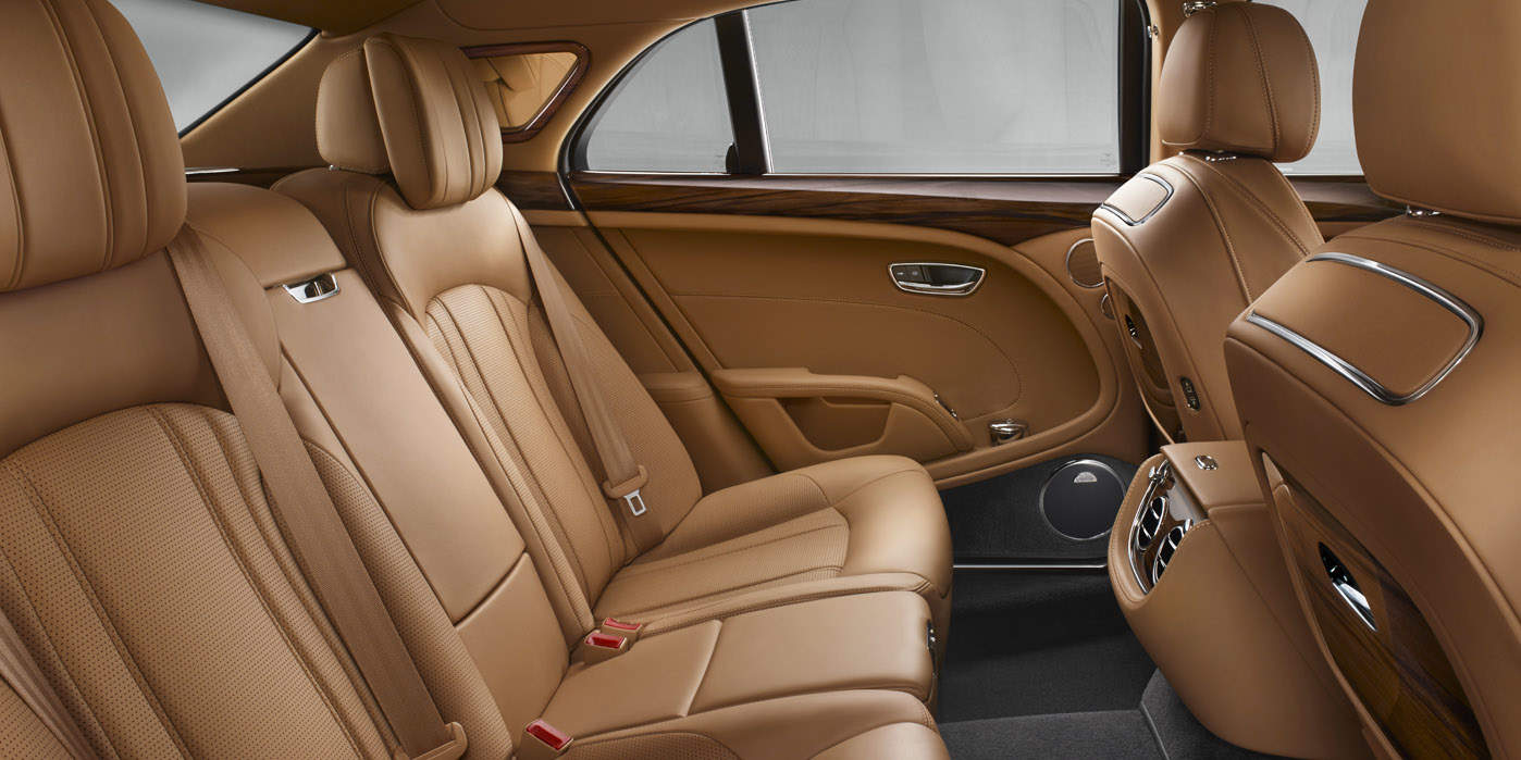 This is the luxurious interior of the Bentley Mulsanne, Jony Ive's chauffeur-driven car.