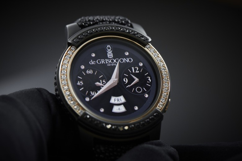 samsung-to-fight-apple-watch-edition-with-luxury-gear-s3-image-cultofandroidcomwp-contentuploads201604De-Grisogono-Samsung-Gear-S2-Watch-Insanity-01-jpg