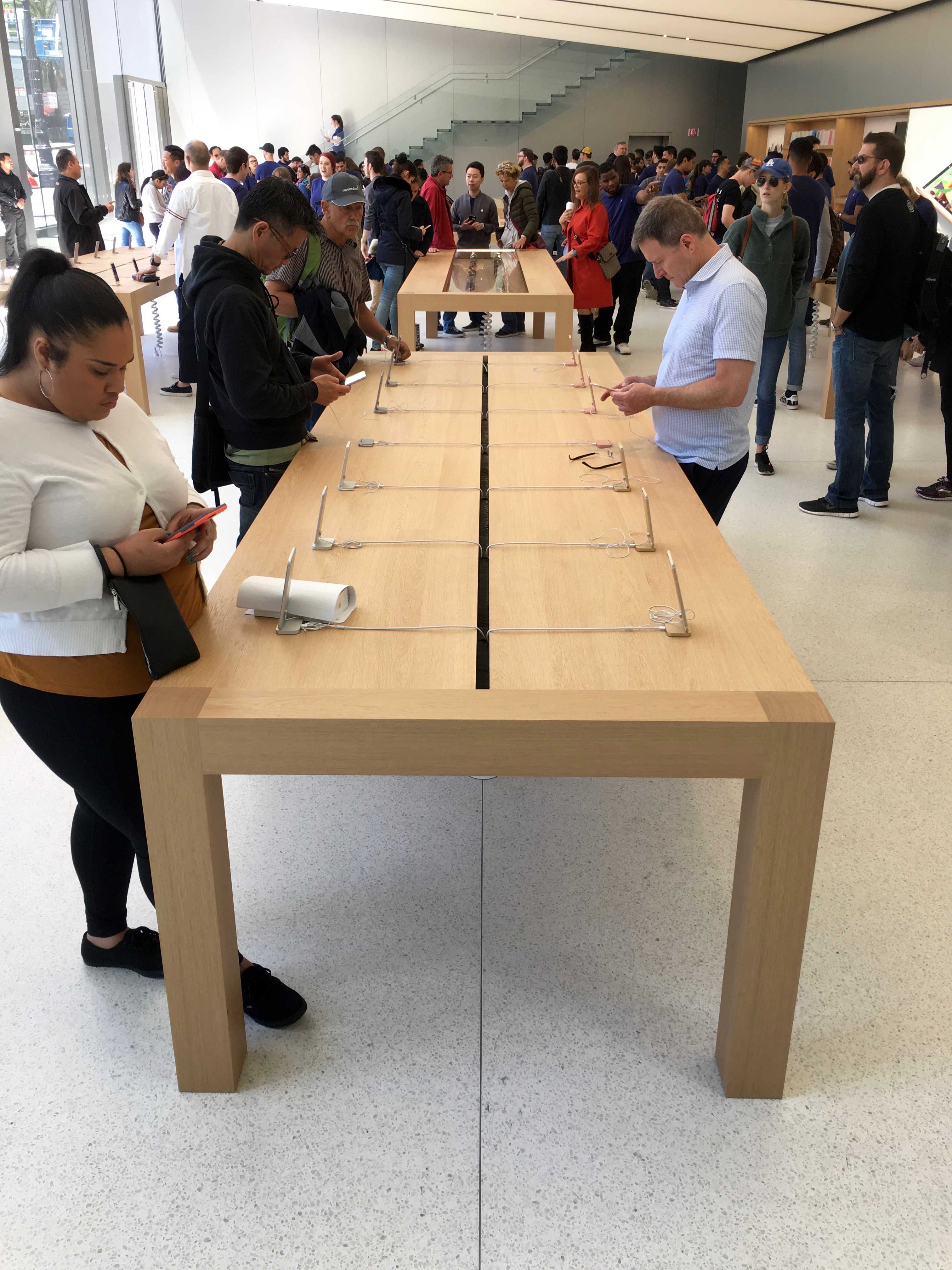 Check out the crazy detail at apple 39 s new san francisco store for New line in the table