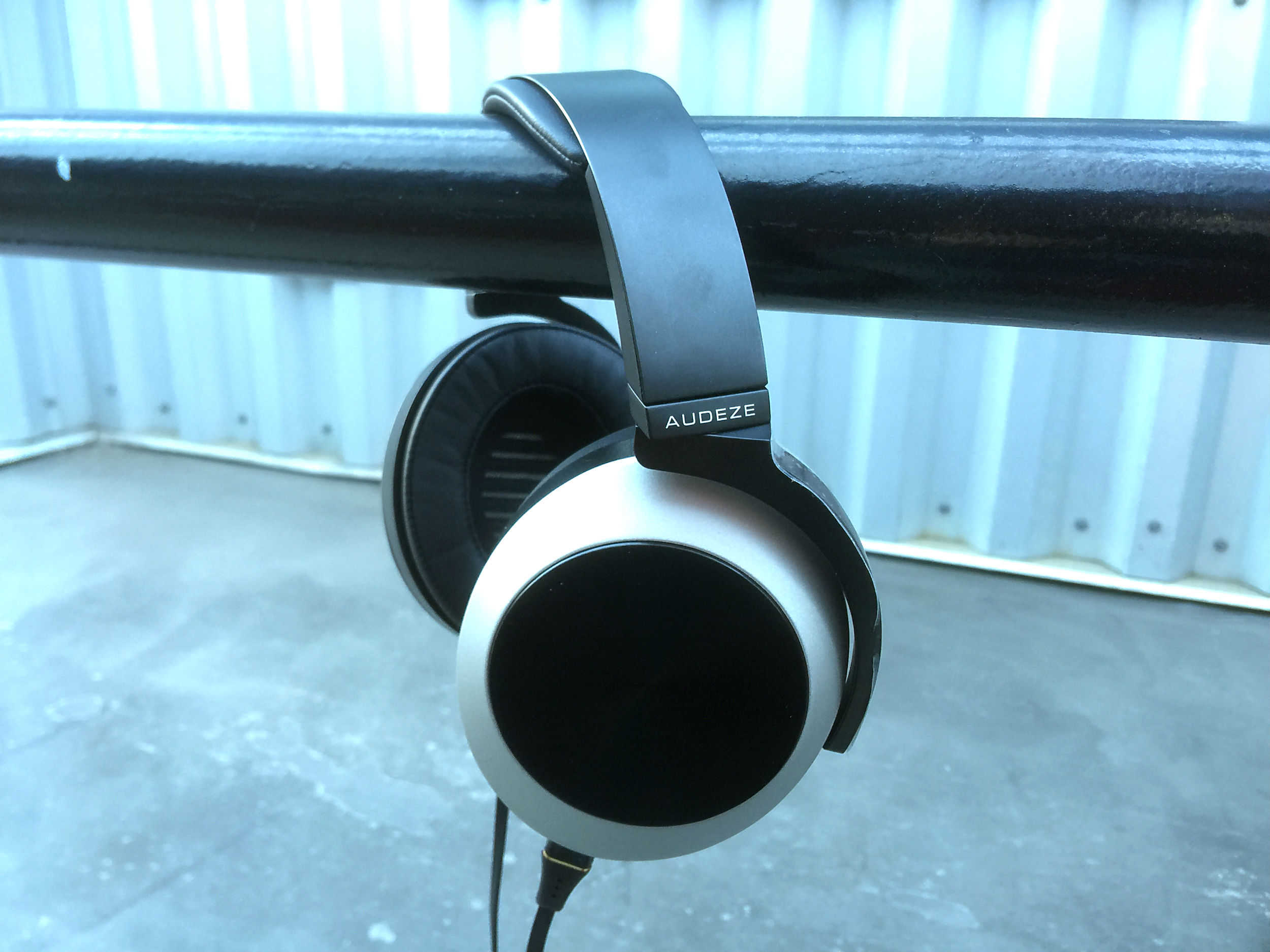 Audeze EL-8 headphones