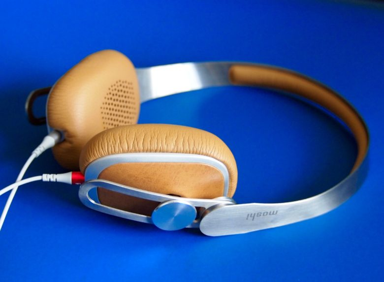 Moshi's Avanti headphones are easy to wear and easy to carry. They sound [pretty great too.