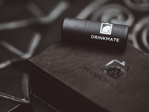 This tiny breathalyzer can save you from getting into big trouble.