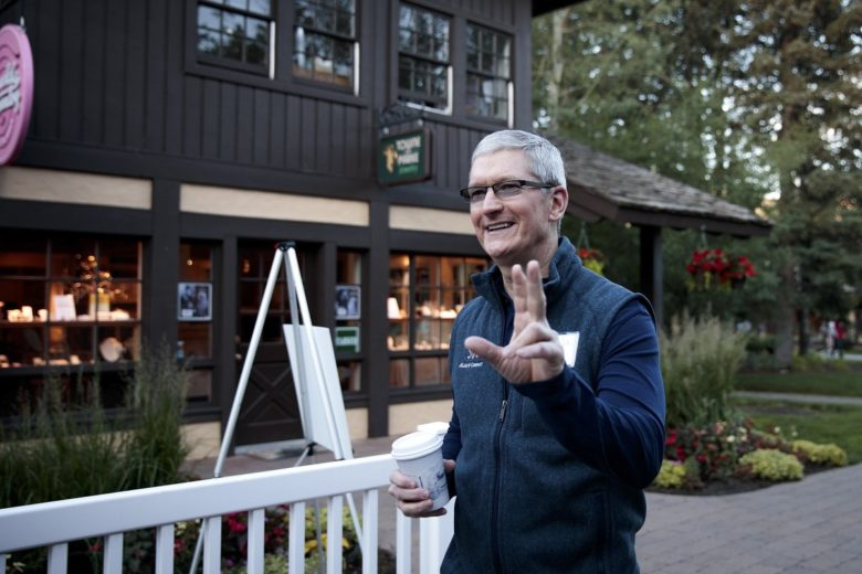 Tim Cook greeting the people on his way to breakfast.