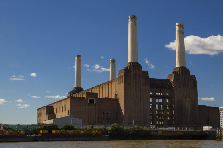 Battersea_Power_Station_from_the_river