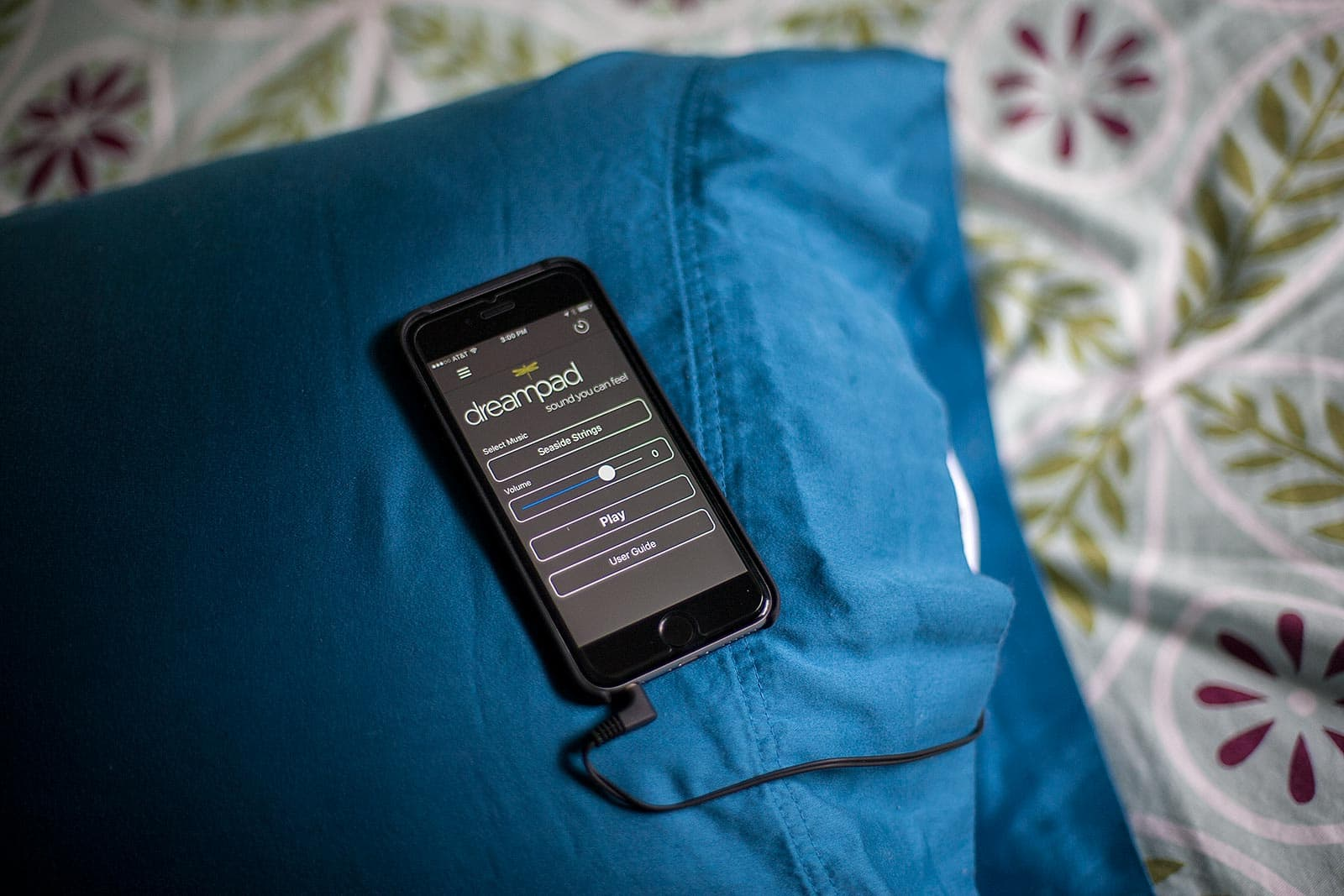 Dreampad is a pillow that joins forces with your iPhones to help you sleep.