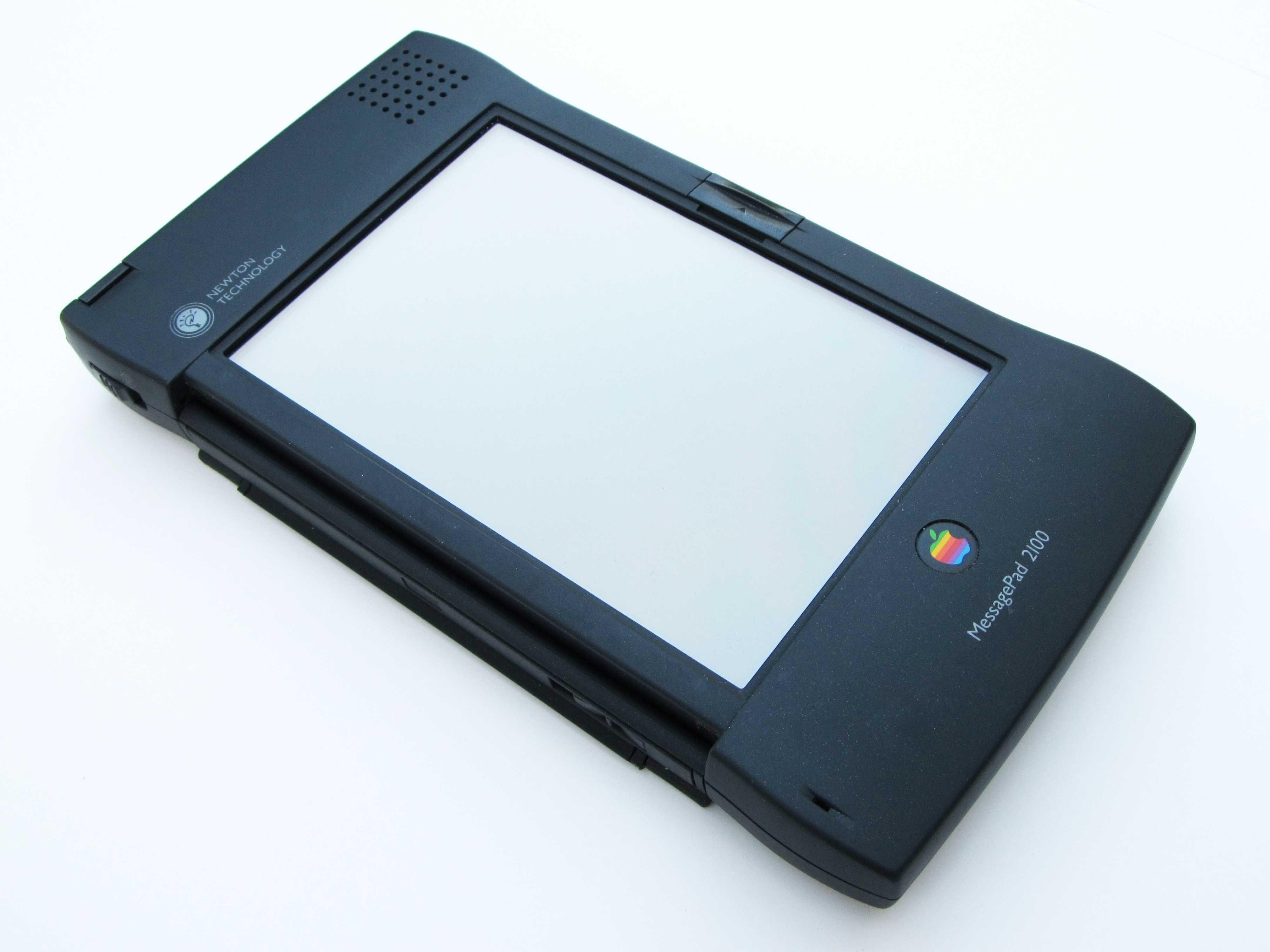 The Newton MessagePad 2100 was the last hurrah for Apple's Newton line.