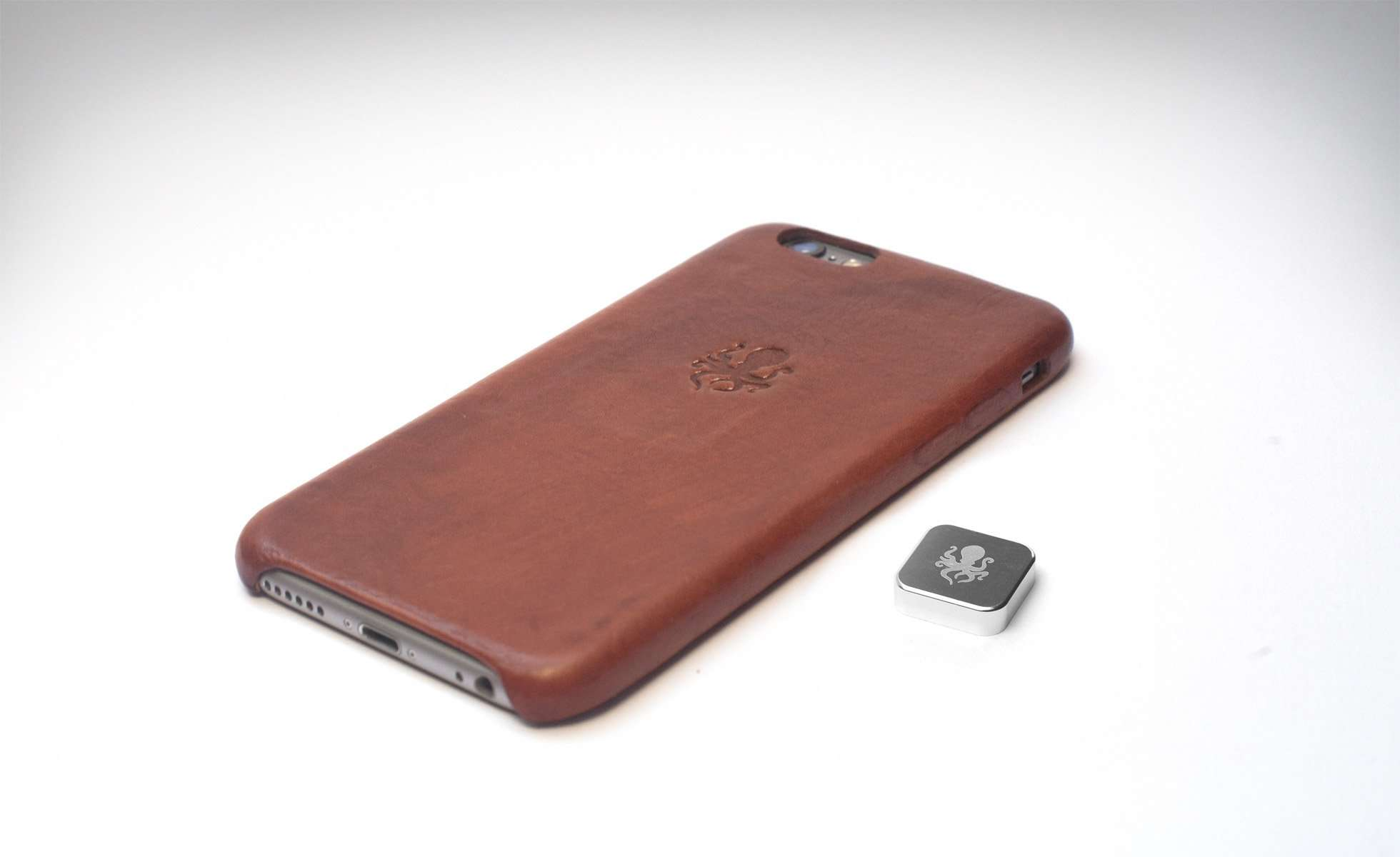 Nodus Shell Case of iPhone