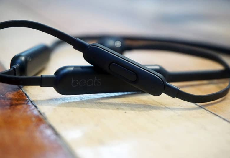 Beats X controls