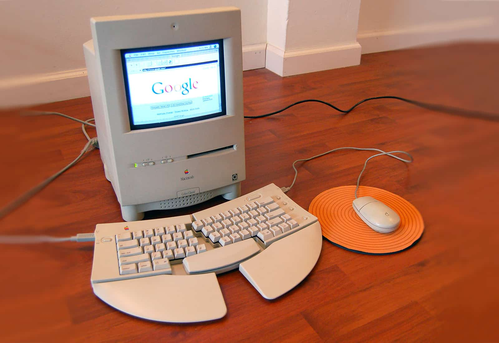 The Macintosh Color Classic is the Mac everybody had been waiting for.