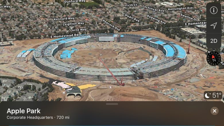 Take a Flyover tour of the Apple Park construction site.