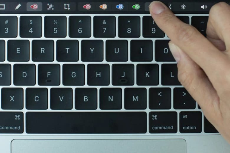 Evernote Update Brings New Buttons To Macbook Pro S Touch