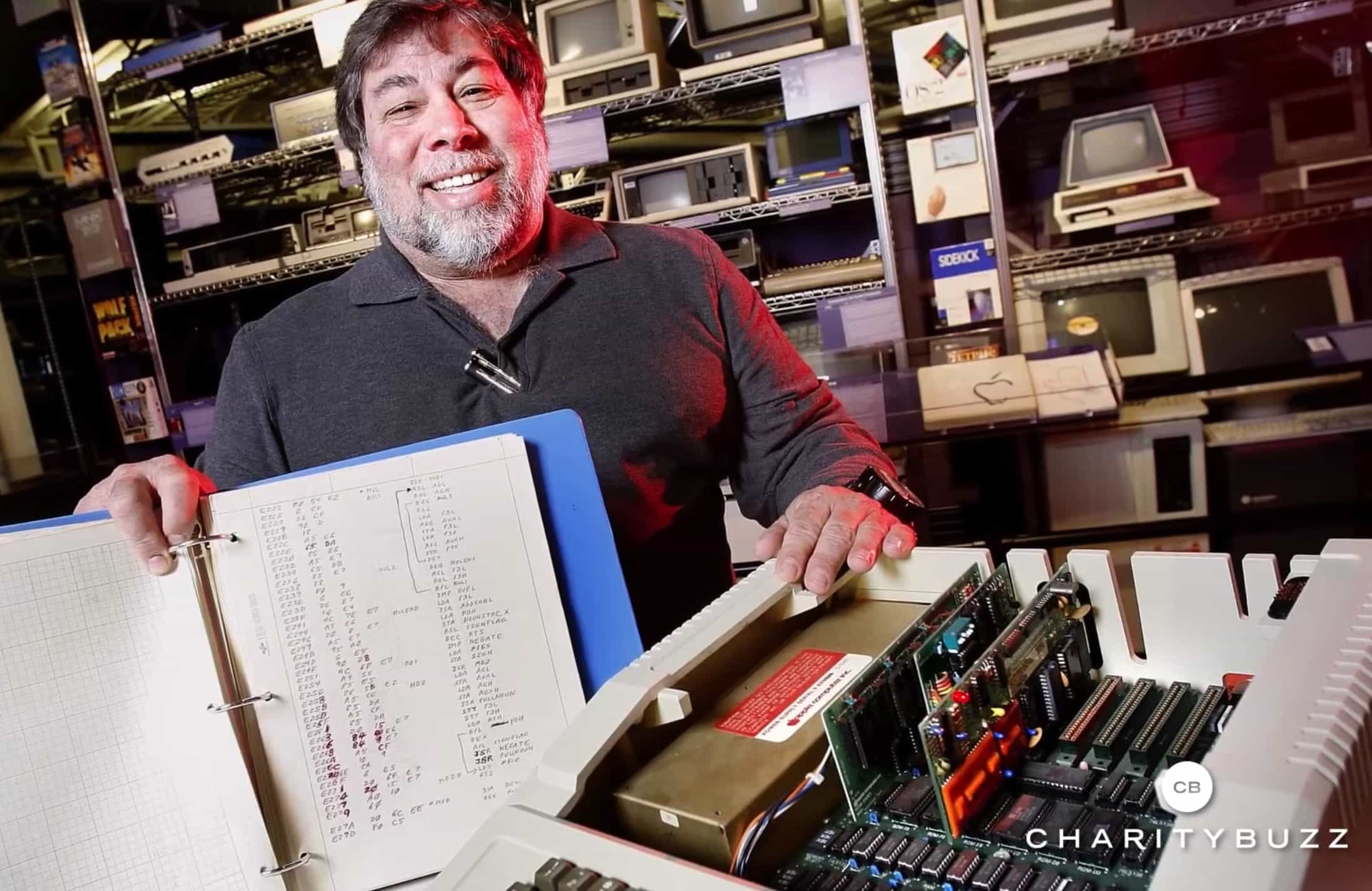 Steve Wozniak shows off a
